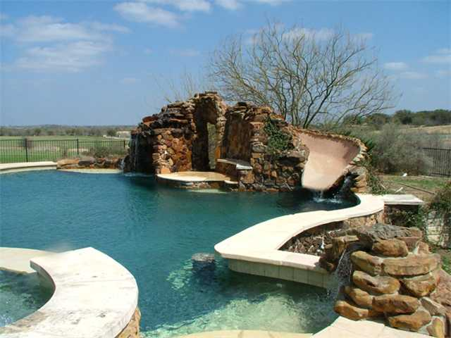 #6 - Pool and Hot Tub